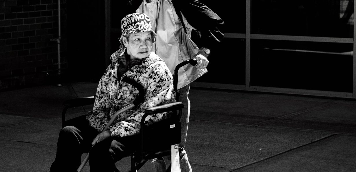 Czy osoba niepełnosprawna ruchowo może pracować jako tłumacz? 1